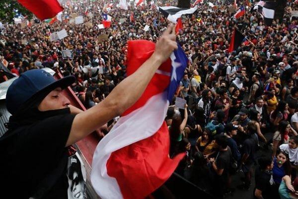 تاریخ همه پرسی تغییر قانون اساسی در شیلی اعلام شد