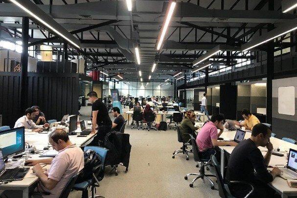 مرکز شتابدهی نوآوری از فضاهای کاری اشتراکی حمایت می نماید