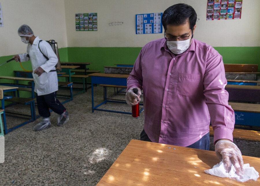 100 مدرسه در مهریز ضدعفونی شد
