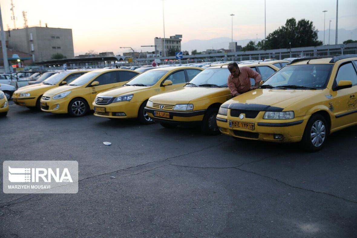 خبرنگاران شورای مالی طرح جایگزینی 129 هزار تاکسی فرسوده را تصویب کرد