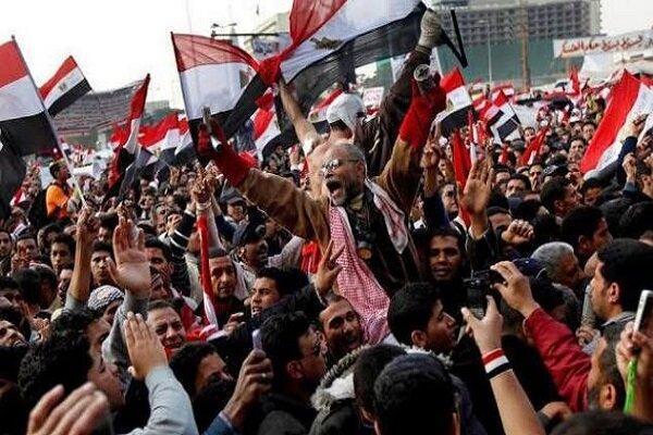 مصری ها در آدینه پیروزی به خیابان ها آمدند