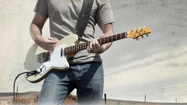 آشنایی با ساز گیتار الکتریک
